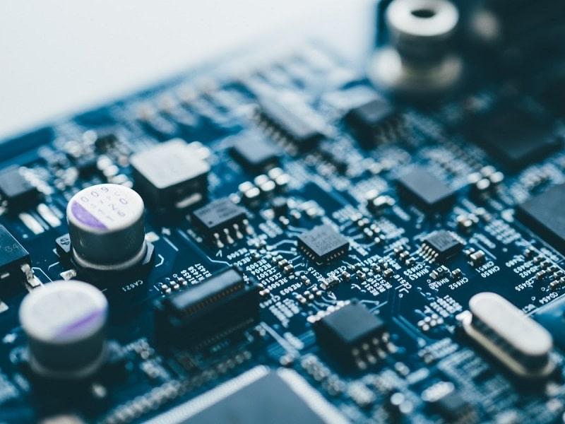 thuế nhập khẩu linh kiện điện tử